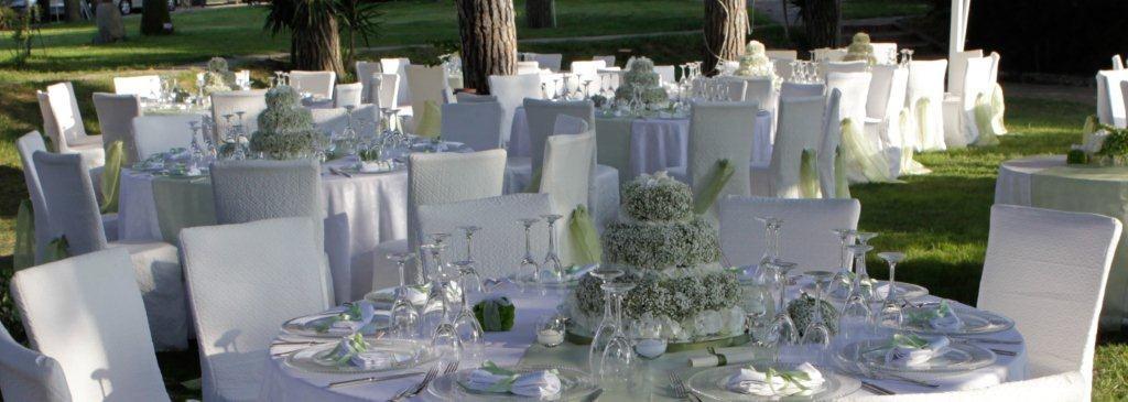 Matrimonio In Spiaggia Total White : Location matrimonio napoli villa con giardino per uno